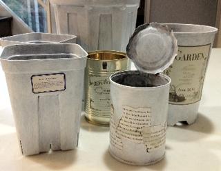 空き缶とプラ鉢のペイント